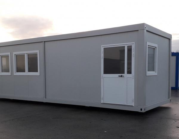 2 modules vestiaire / réfectoire de 900 x 300 cm