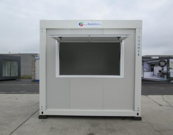 (S32A) 300 cm x 245 cm avec 1 auvent