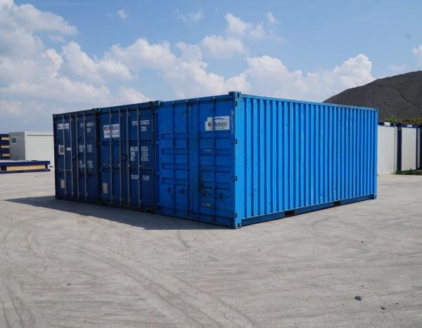 """Opslagcontainer 60"""" drie zeecontainers geassembleerd ( +/- 44,30 m² )"""