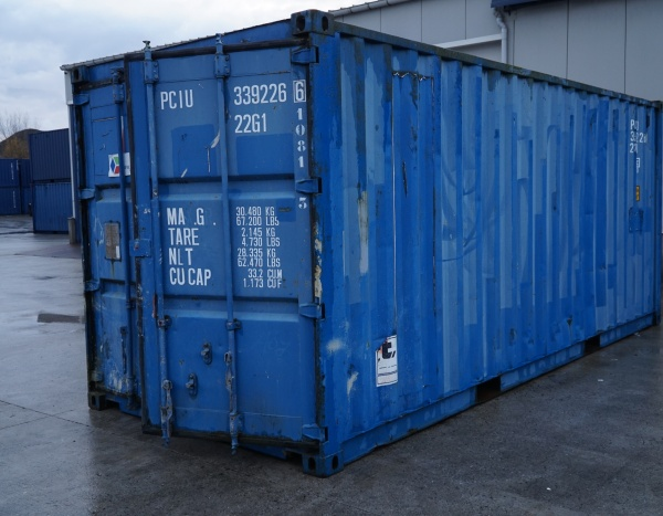 OPSLAGCONTAINER  600 x 245 cm || € 1.600,00 ||
